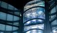 La réunion débute par un mot d'accueil de M. Rudy Salles qui rappelle les bons chiffres pour cette année 2019, notamment pendant les mois d'été et d'automne.  Il rappelle également l'inauguration de la ligne de tram 3 en ce même jour, permettant de relier l'Allianz Riviera en 30 minutes depuis le centre-ville. Le tronçon souterrain final de la ligne 2 permettant de se rendre de l'aéroport et du centre-ville jusqu'au port de Nice sera inauguré, quant à lui, le 14 décembre prochain.     M. Salles évoque par ailleurs la construction future du nouveau Palais des Expositions sur le terrain de l'ancien M.I.N. à l'horizon 2026-2027, et les atouts que présentera ce Palais, avec sa situation à quelques pas seulement de l'aéroport, de la gare multimodale Saint-Augustin et de l'Eco-Vallée.     Enfin, M. Salles rappelle l'excellente année réalisée par Acropolis en 2019 – l'année de tous les records – et évoque également de bonnes perspectives pour 2020 et 2021.  Au vu de tous ces bons résultats, il souhaite remercier toutes les personnes présentes pour leurs efforts et investissements, suivant ainsi l'exemple de redynamisation de la ville.     Ordre du jour:    Récapitulatif des demandes sur l'année 2019 avec statistiques présentées par BertrandPoint sur la Charte Congrès Point sur le Code Promotionnel Point sur les actions de promotion de la destination    Récapitulatif année 2019 pour le Bureau des Congrès et Acropolis    Bertrand Puisségur indique que le bureau des congrès a traité 372 demandes à ce jour sur l'année 2019, un chiffre en légère baisse par rapport au nombre de demandes traitées en 2018, mais avec un taux de conversion en hausse de +4 points.  Il explique que la majorité des demandes (environ 70%) proviennent du marché français, et de manière prépondérante du secteur médical, santé et pharmacologie, suivi par des demandes pour l'industrie (comme la téléphonie mobile, le secteur de l'énergie)… Il rappelle que ces demandes ne sont pas toutes pour de gros dossiers,
